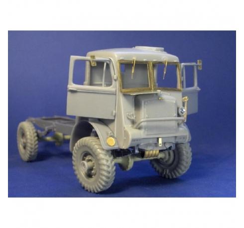 Bedford QL cab and parts